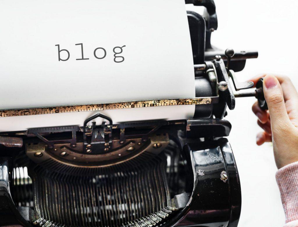 Met een zakelijke blog werf je leads, straal je autoriteit uit en je blogberichten blijven tot ver in de toekomst voor je werken